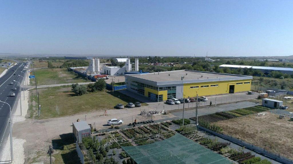 Фото фабрики Карнелия