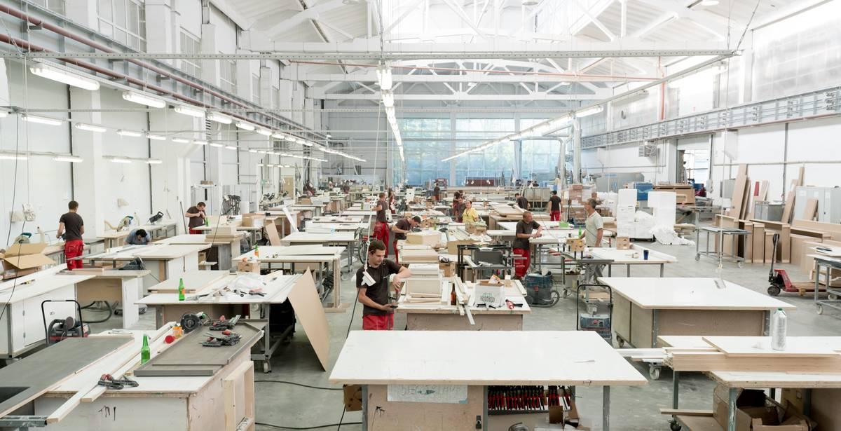 Фото фабрики столешниц