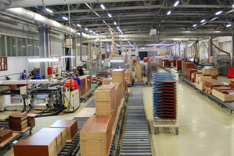 Фото фабрики «Ульяновскмебель»