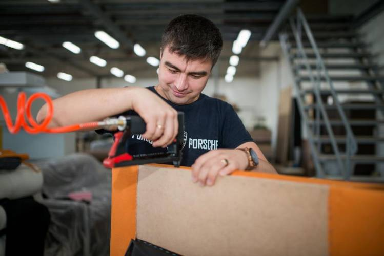 Фото фабрики «Клюква»