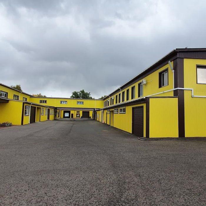 Фото фабрики «Леонис»